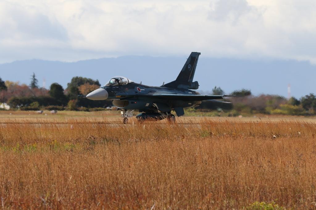 F-2A/Bの着陸_9