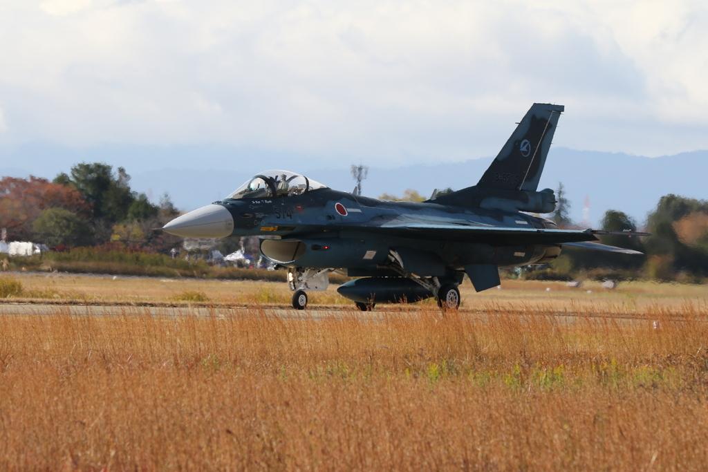 F-2A/Bの着陸_10