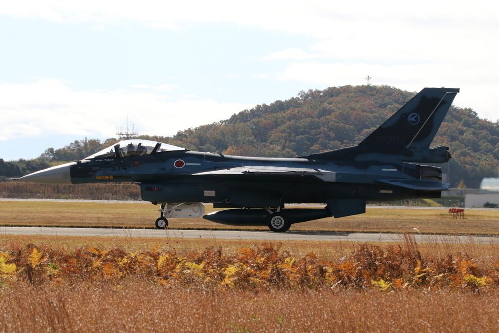 F-2A/Bの着陸_13