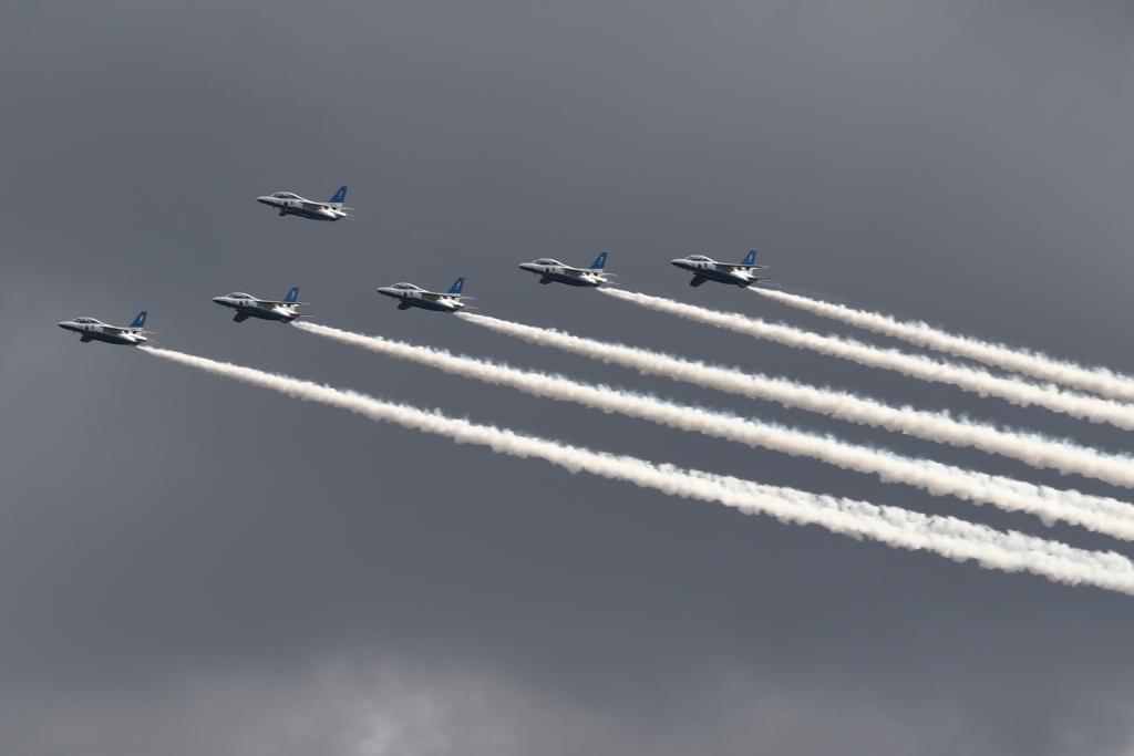ブルーインパルスのアクロバット飛行(3)_30