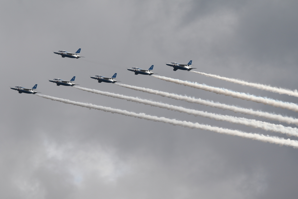 ブルーインパルスのアクロバット飛行(3)_32