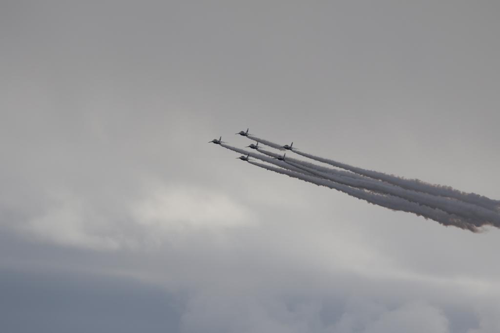 ブルーインパルスのアクロバット飛行(3)_46