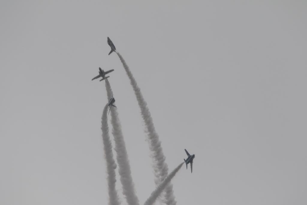 ついについにアクロバット飛行が始まった_8