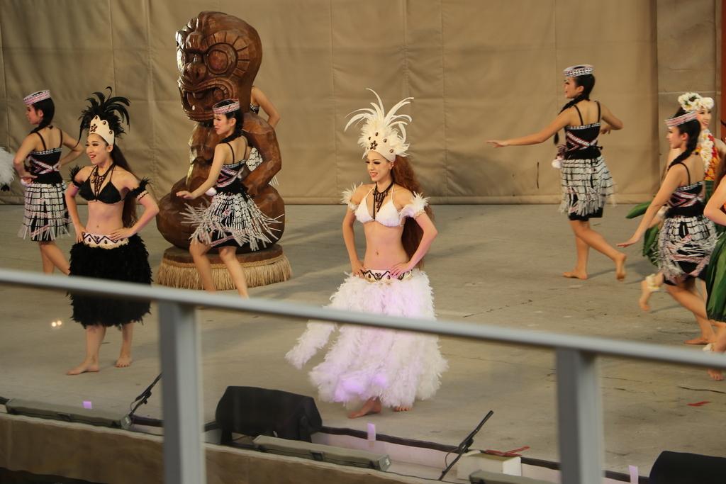 イースター島の踊り_1