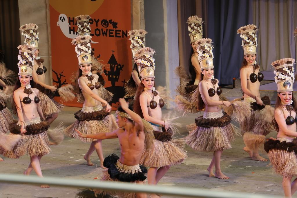 タヒチの踊り(1)_10