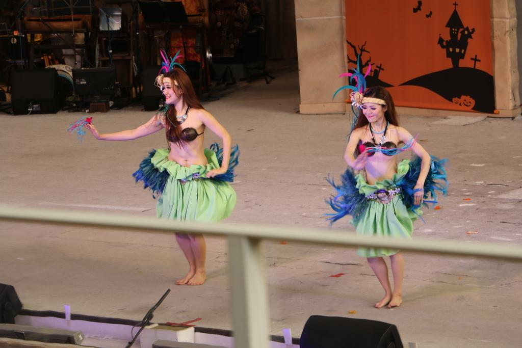 タヒチの踊り(1)_12