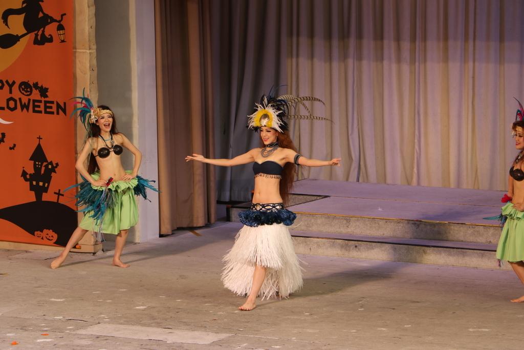 タヒチの踊り(1)_16