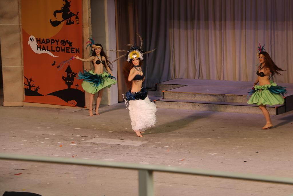タヒチの踊り(1)_18