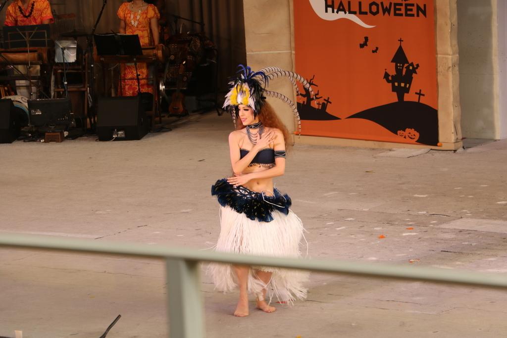 タヒチの踊り(1)_22