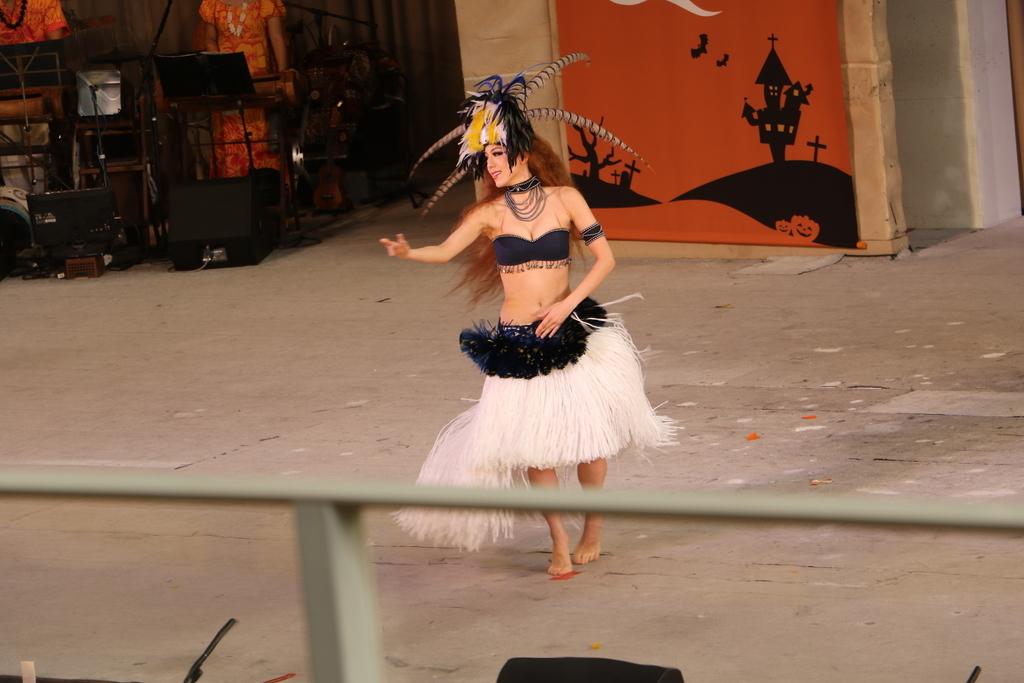 タヒチの踊り(1)_29