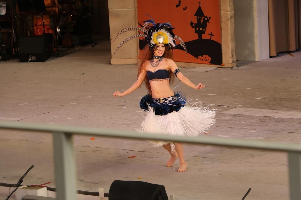 タヒチの踊り(1)_30