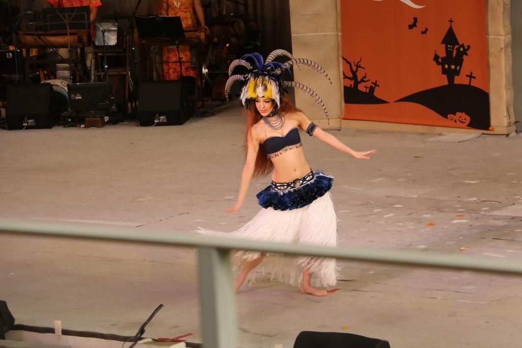 タヒチの踊り(1)_31