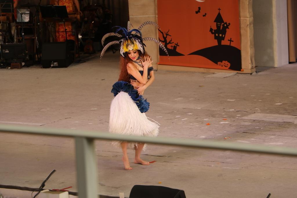 タヒチの踊り(1)_32