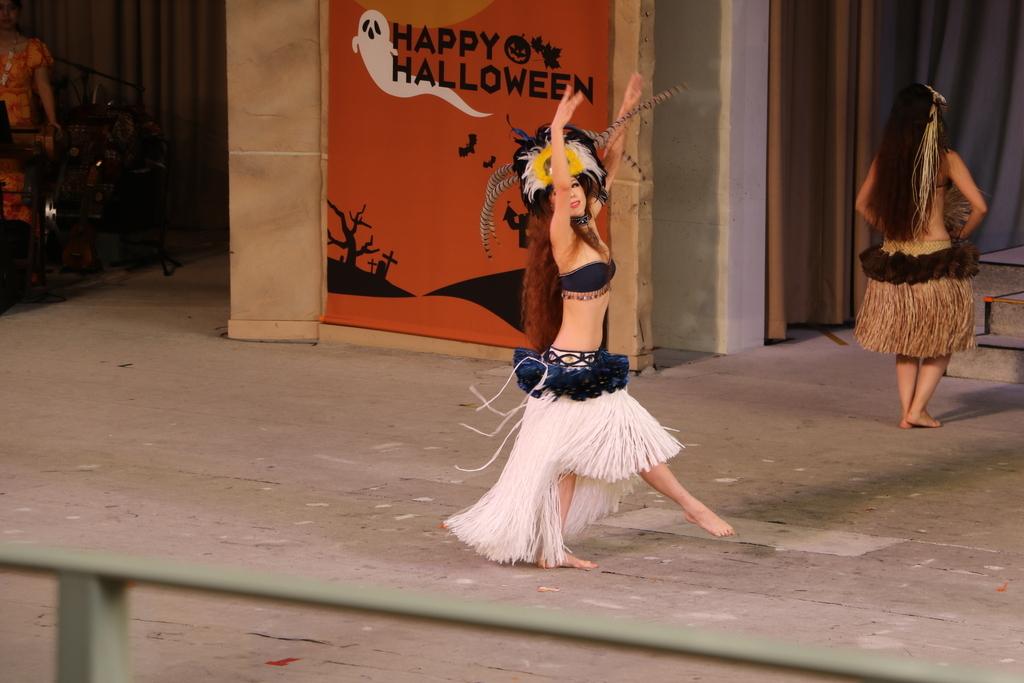 タヒチの踊り(2)_6