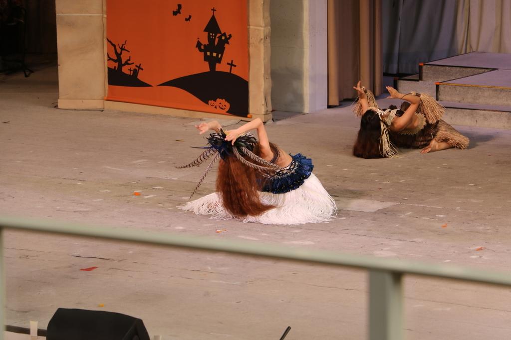 タヒチの踊り(2)_8