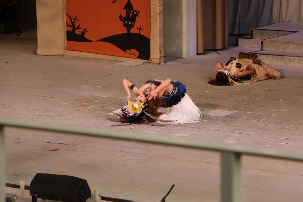 タヒチの踊り(2)_9