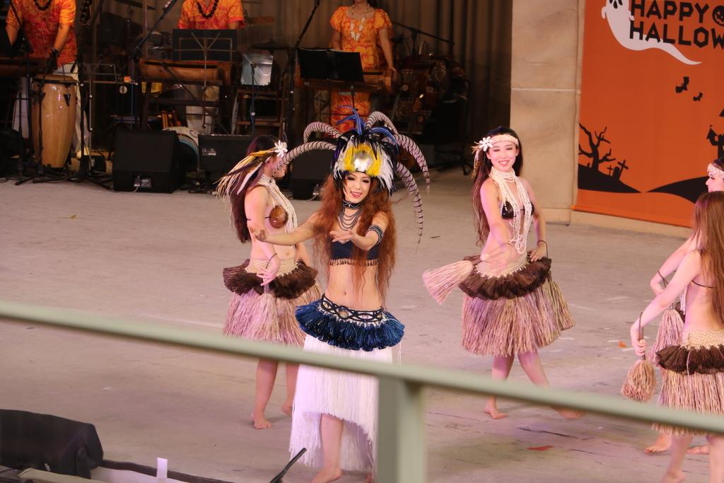タヒチの踊り(2)_22