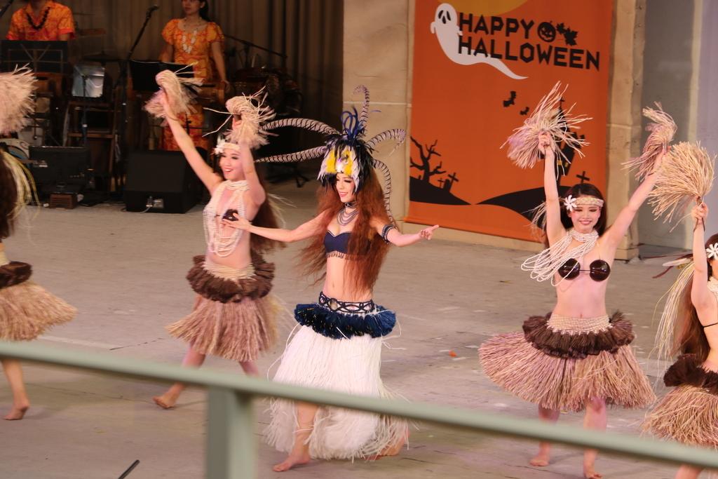 タヒチの踊り(2)_23