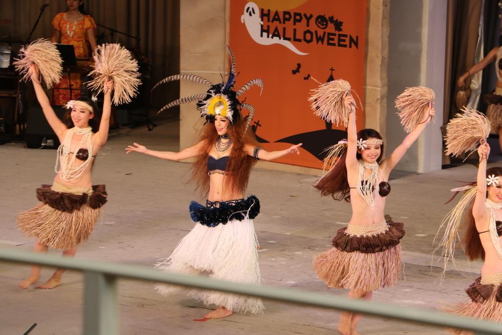 タヒチの踊り(2)_24