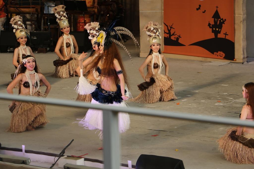 タヒチの踊り(2)_31