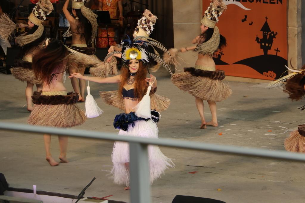 タヒチの踊り(2)_32