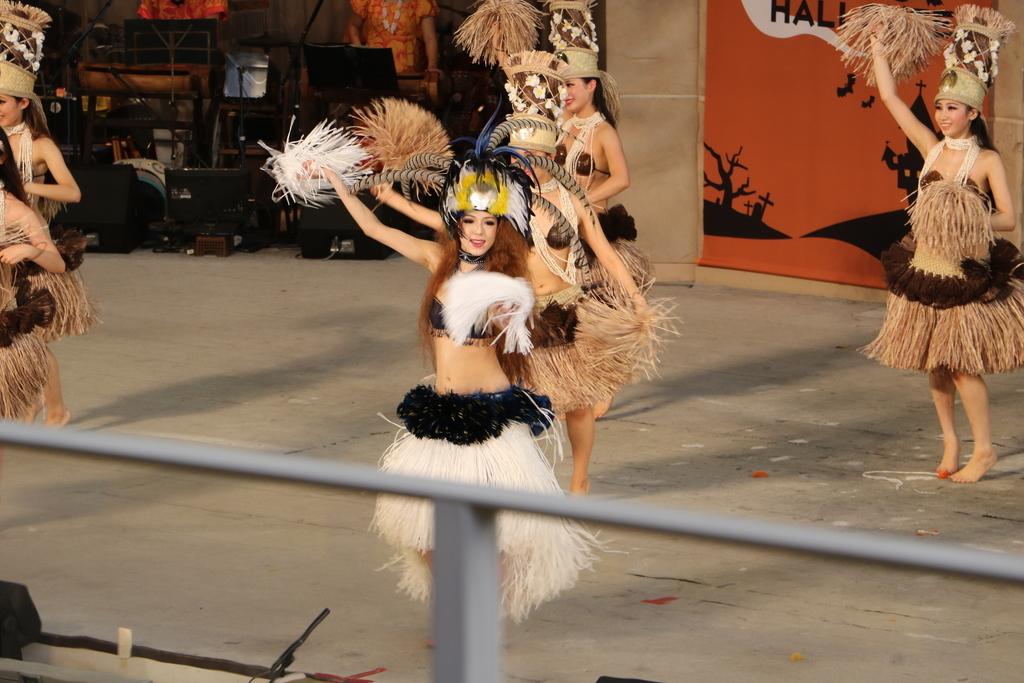 タヒチの踊り(2)_36
