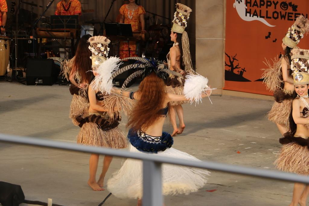 タヒチの踊り(2)_37