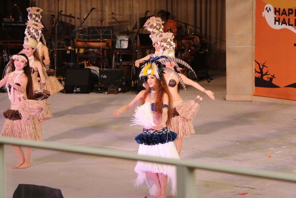 タヒチの踊り(2)_39