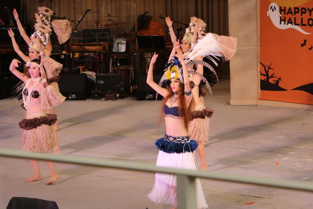 タヒチの踊り(2)_40