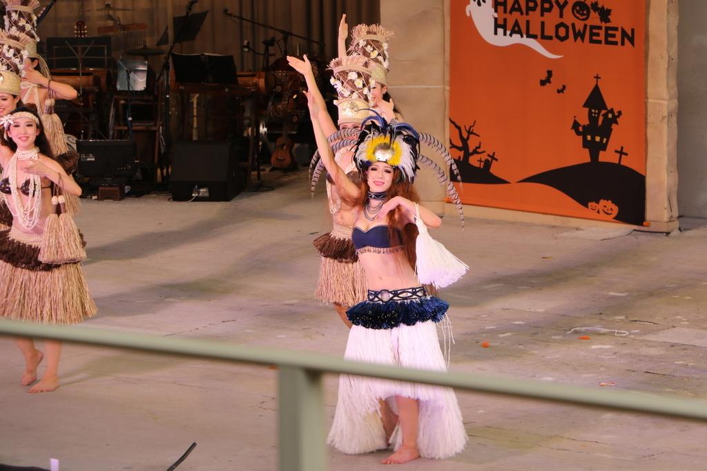タヒチの踊り(2)_51