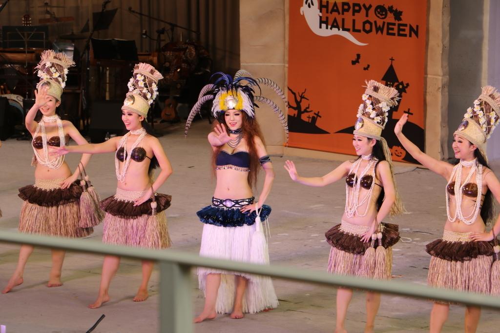 タヒチの踊り(2)_52