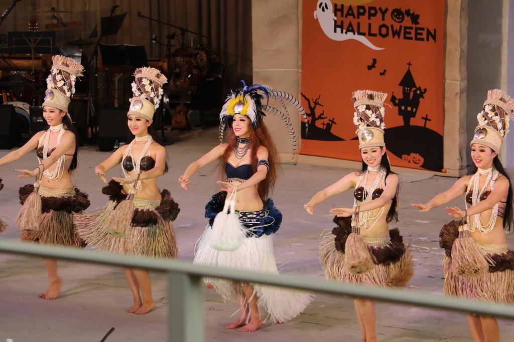 タヒチの踊り(2)_54