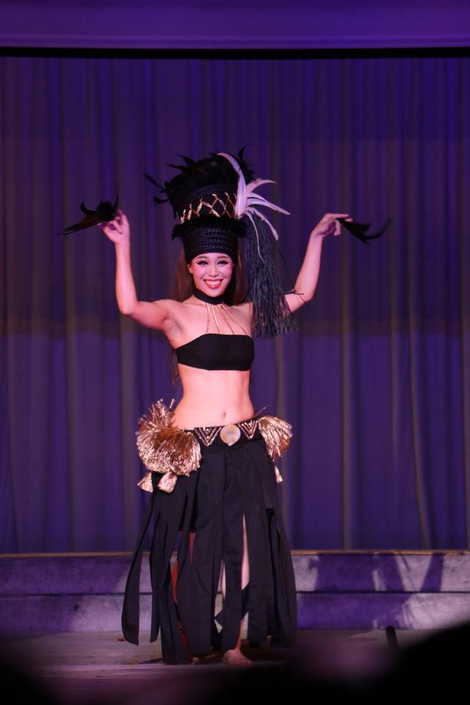他のダンサー_12