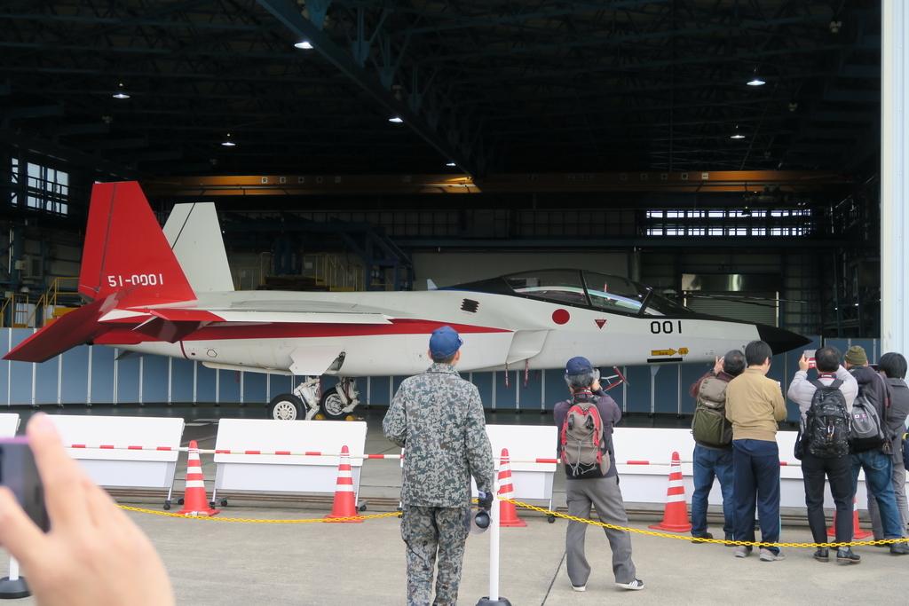 先進技術実証用の実験航空機X-2_3