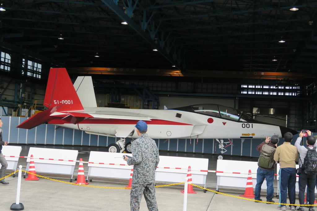 先進技術実証用の実験航空機X-2_4