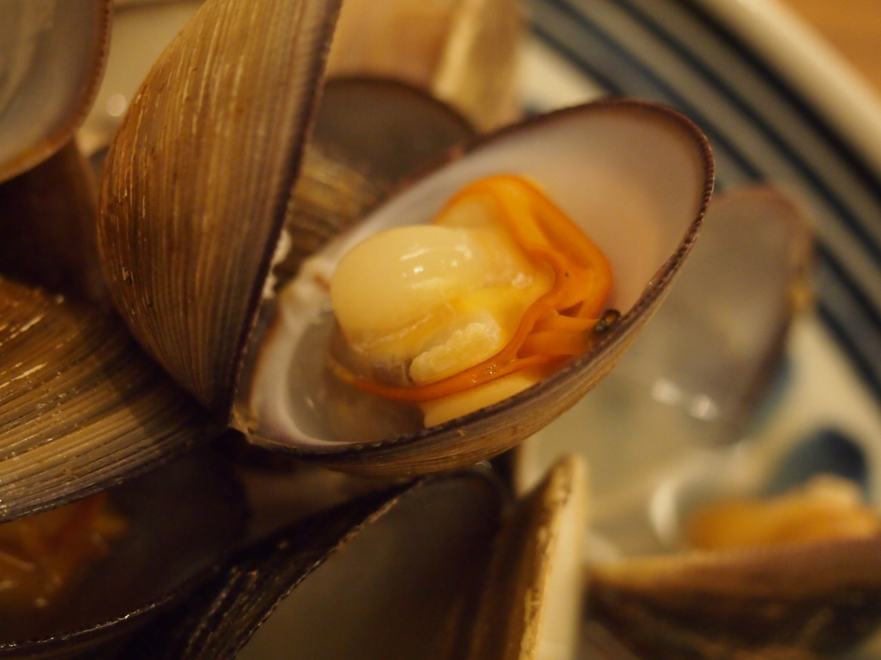 ハマグリと沖シジミの酒蒸し
