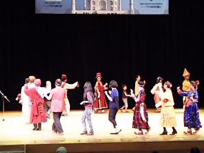 ラダック舞踊団