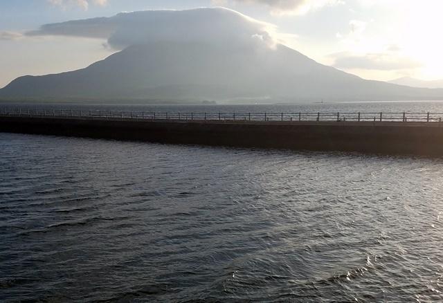 朝の桜島台風前3
