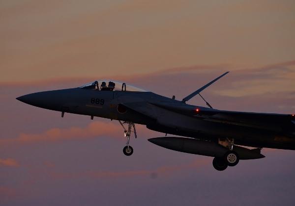 F15 夕焼け01