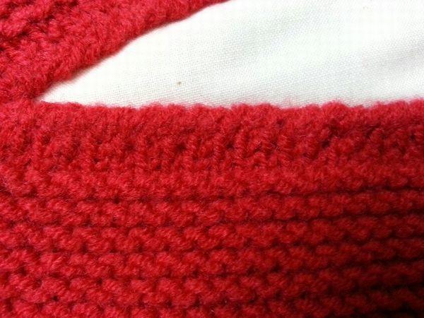 赤ニット衿ぐり9