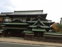 道後温泉本館 又新殿・霊の湯棟(銅板葺の建物)