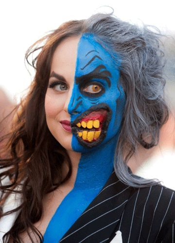 2011年Comic-Conでのコスプレ受賞者・バットマンのLady Two-Face