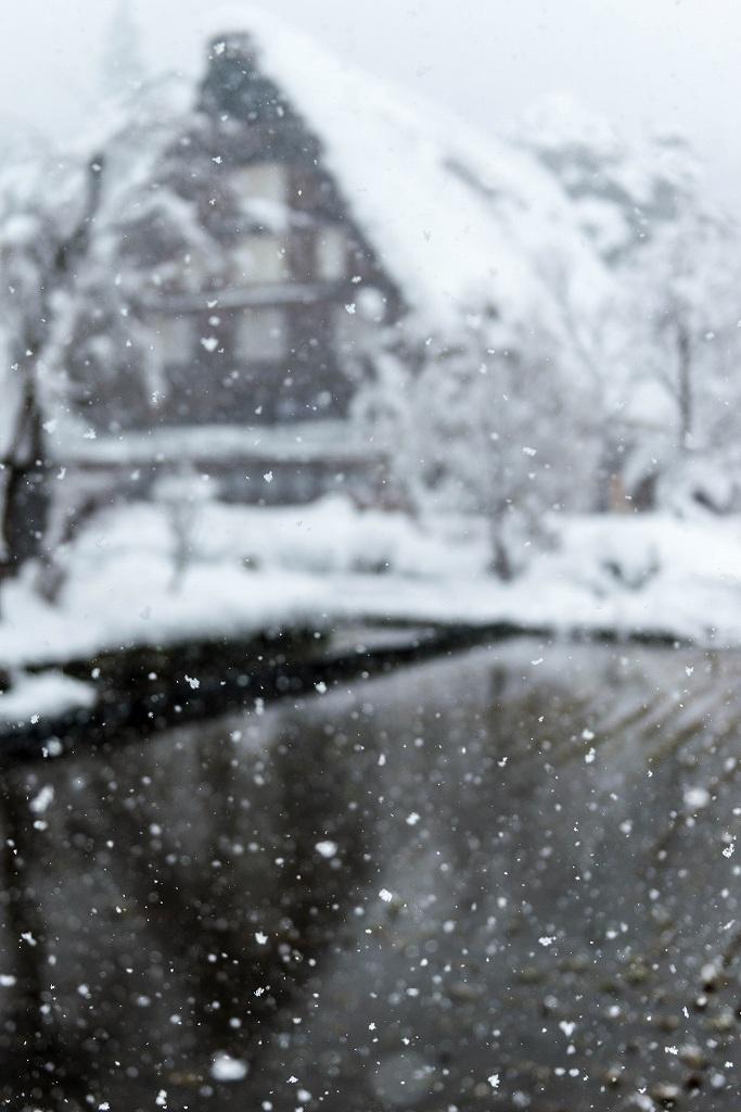 2017.12.13白川郷 降り続く雪 2