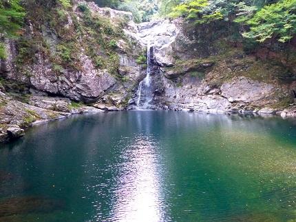 清納の滝_その1