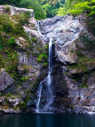 清納の滝_その2