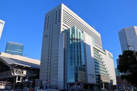 04 大阪駅南側