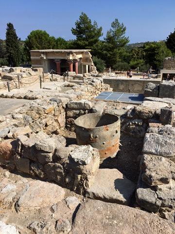 クノッソス19水祓の間と壺