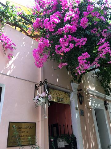 レシムノ旧市街のホテル?