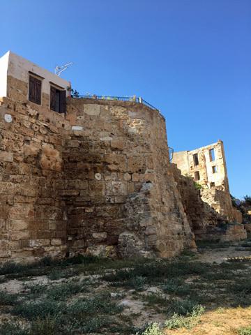 城壁の一部