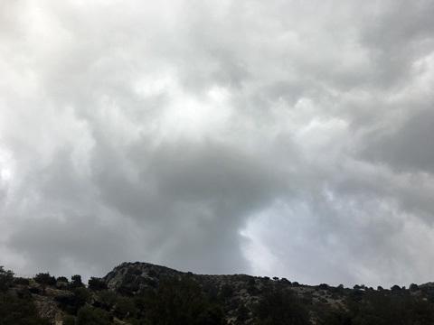 サマリア渓谷入口の空